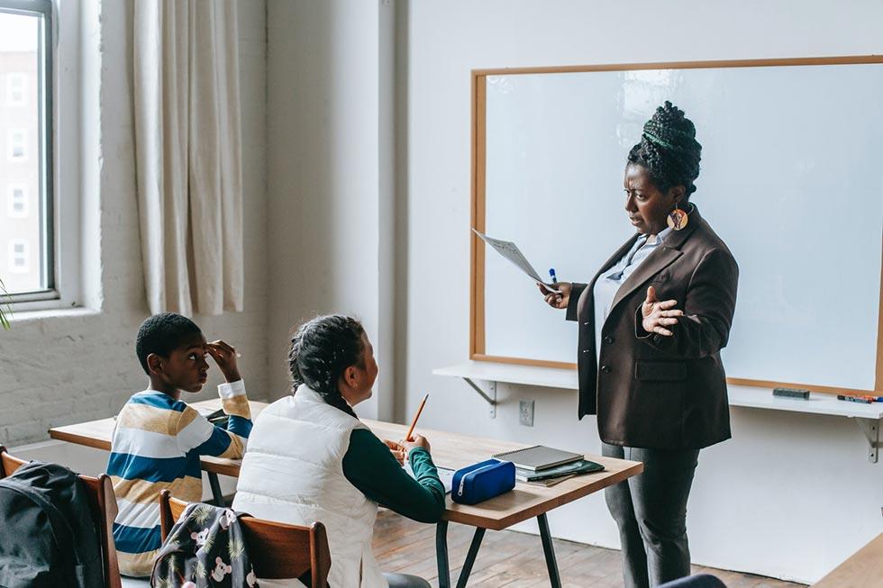 promote-the-success-of-the-teacher-on-school-website